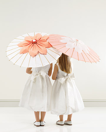 Okay I have to say that I absolutely LOVE these parasols