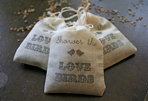Bird-Seed-Wedding-Toss