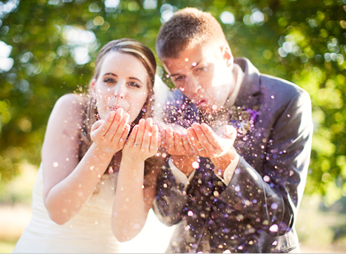 Glitter-wedding-toss