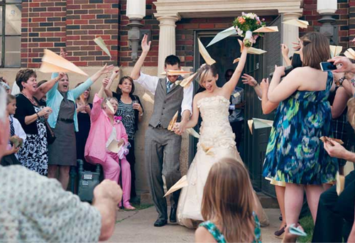 Paper-Airplane-Wedding-Toss